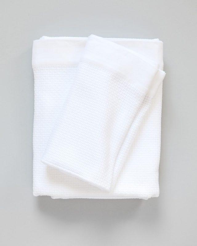 Mungo - Interlace Towel - White - Folded