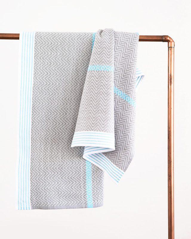 Mungo Aqua Tawulo Bath sheets woven with pure cotton