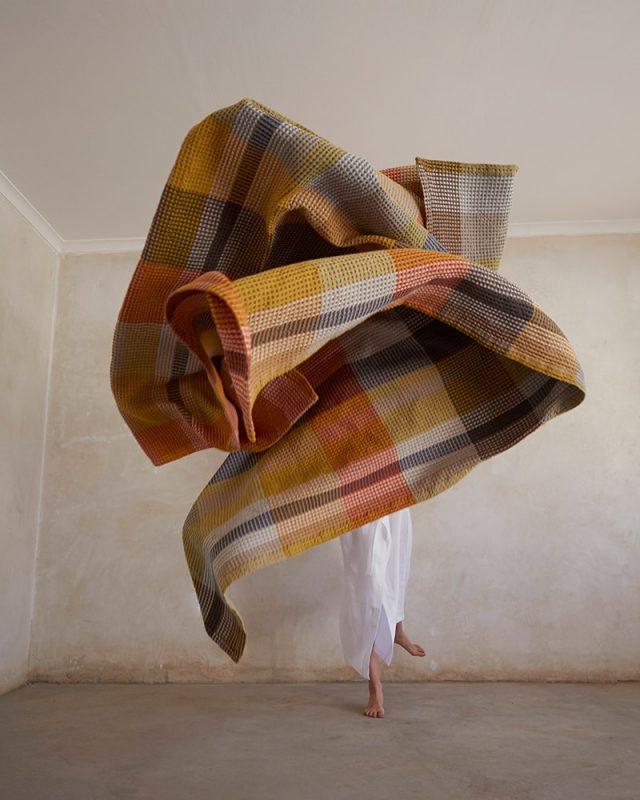 Mungo Vrou Vrou in the Tamarind colourway