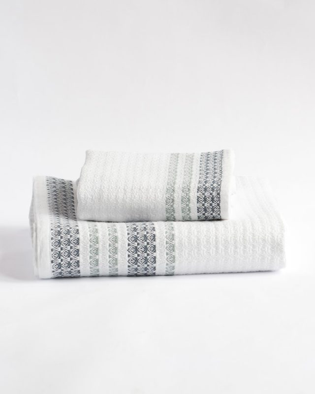 Mungo Aegean - a soft and absorbent 100% organic bath towel. Sustainable, ethical quality textiles woven in South Africa