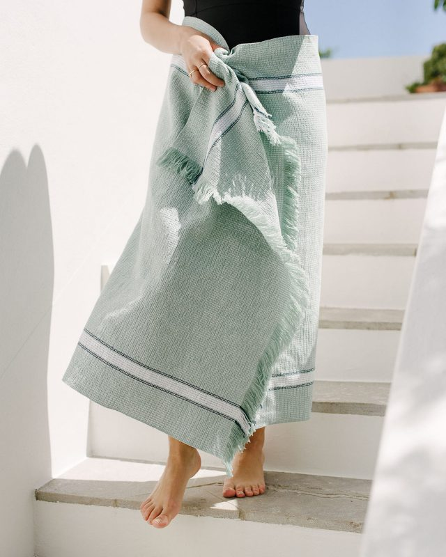 Mungo Summer Towel - Mint. A pure cotton towel, suited for outdoor or indoor use