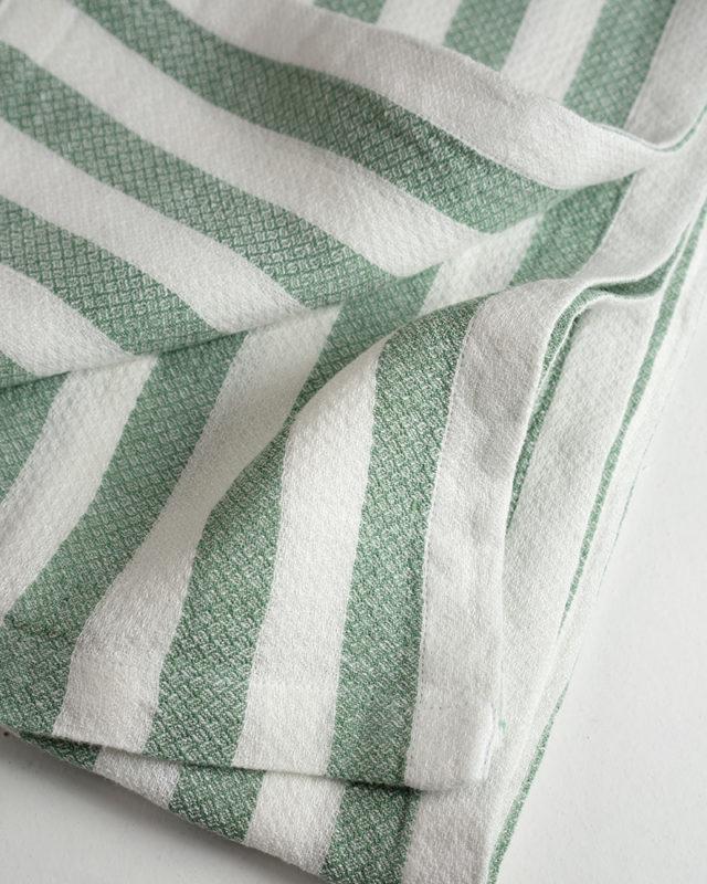 Mungo_Dhow_towel_seafoam_stripe_DSC06324